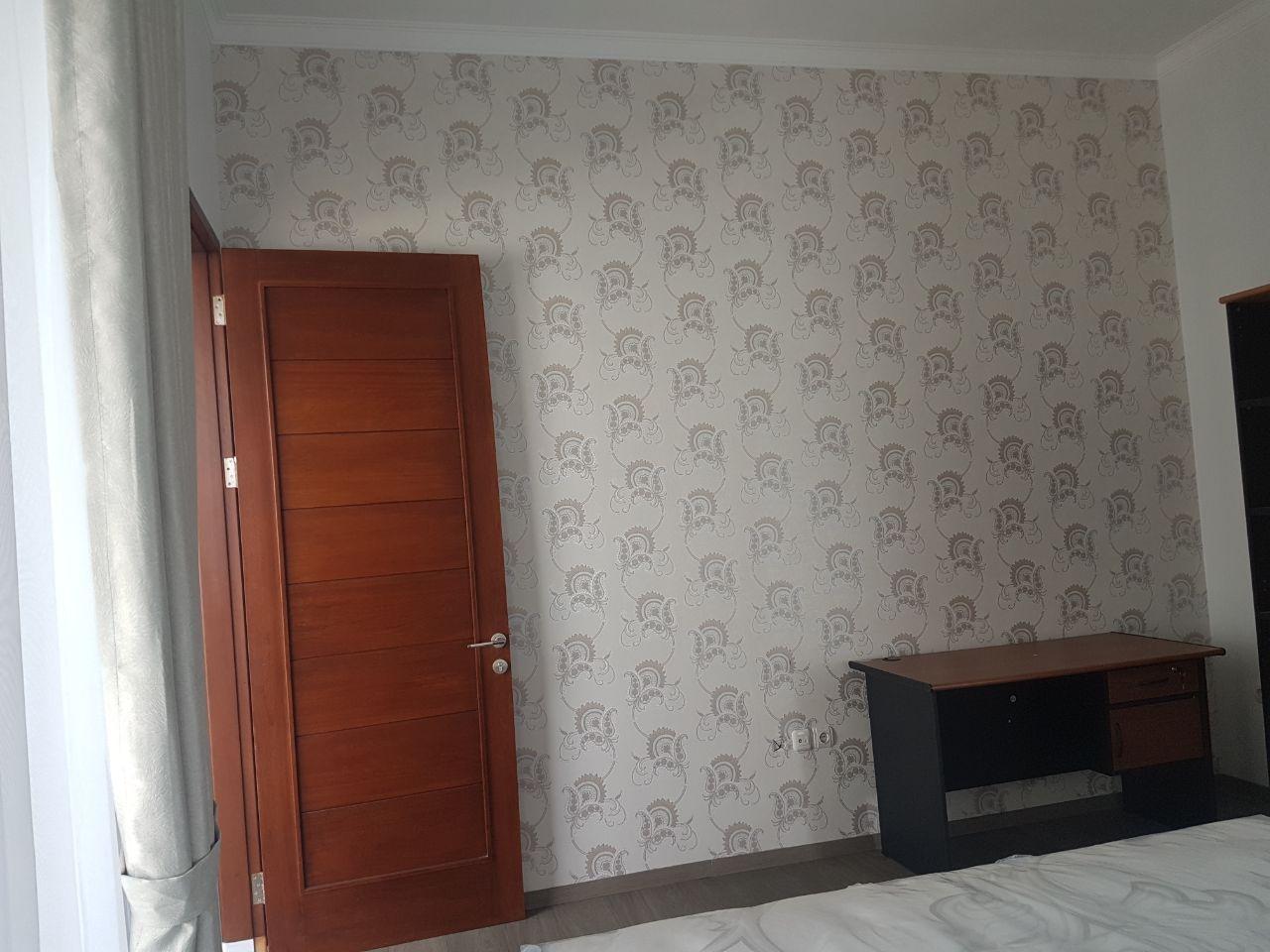 testimoni wallpaper dinding minimalis